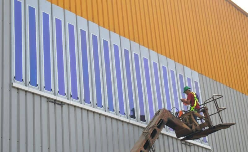 Installation of HeliaFilm® on Kandil Steel panels © Kandil Steel