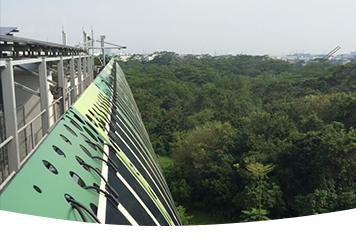 Second phase of the installation of HeliaFilm® on aluminum in Singapore